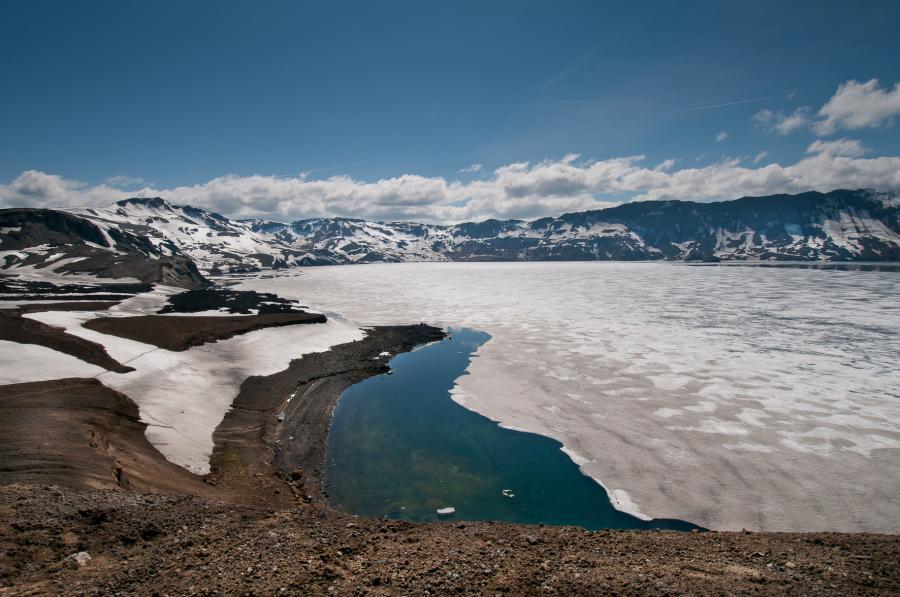 Zamrzlé jezero Öskjuvatn