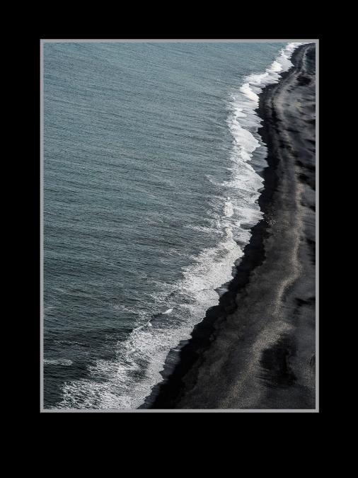 Černá pláž  E130292